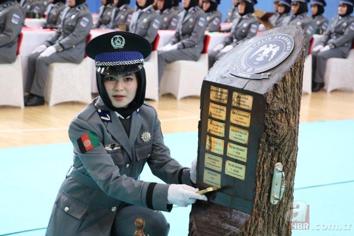 Afgan polisler Sivas'ta Kur'an'a el basıp mezun oldu