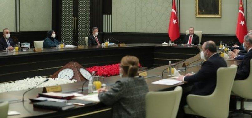 Son dakika: Başkan Erdoğan kritik kabine toplantısı sonrasında açıklamalarda bulundu! Aşılama ne zaman başlıyor? Kısıtlamalar kalktı mı?