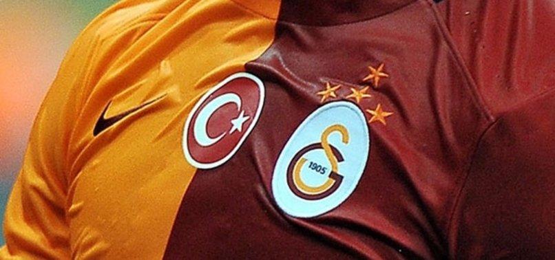 GALATASARAY'A SOSYAL MEDYADAN VEDA ETTİ!