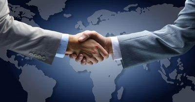 Dev anlaşma! Rolls-Royce, Siemens'in elektrikli uçak bölümünü satın alıyor