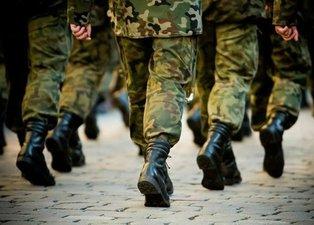 AK Parti'den son dakika yeni askerlik sistemi açıklaması! Yeni askerlik sistemi nasıl olacak, ne zaman yasalaşacak?