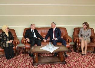 Başkan Erdoğan Moldova'da resmi törenle karşılandı