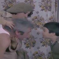 Yeşilçamda akıllara kazınan sahne gerçek oldu: Tükür babanın yüzüne