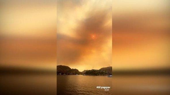 Aslışah Alkoçlar yangın bölgesinden paylaştı! Gökten kül yağdı