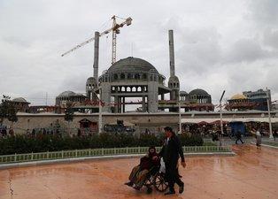 Taksim'e yapılan camide son durum...