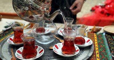 Çay tiryakileri dikkat! Eğer çaya limon eklerseniz...