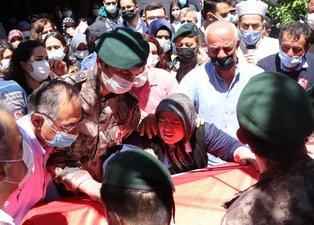 Ağrı'da şehit düşen polis Veli Kabalay'a son görev! Annesinin ve eşinin sözleri yürekleri dağladı