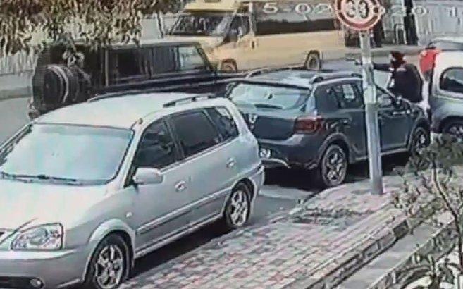 İstanbul'da lüks cipe silahlı saldırı kamerada |Video