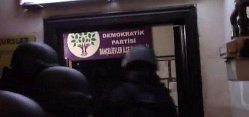 ARANAN TERÖR ŞÜPHELİSİ HDP BİNASINDA YAKALANDI