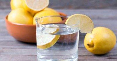 Ilık limonlu su içerseniz... Öyle bir yararı var ki!