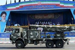 İran'dan üç ülkeye tehdit