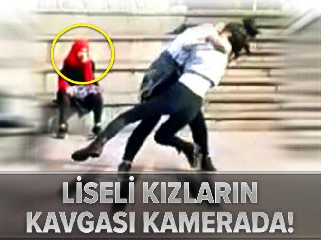 LİSELİ KIZLARIN ERKEK KAVGASI KAMERADA!