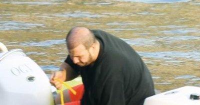 CHP'li belediye göz yumdu bakanlık harekete geçti! Şahan Gökbakar sahili elleriyle kapattı!
