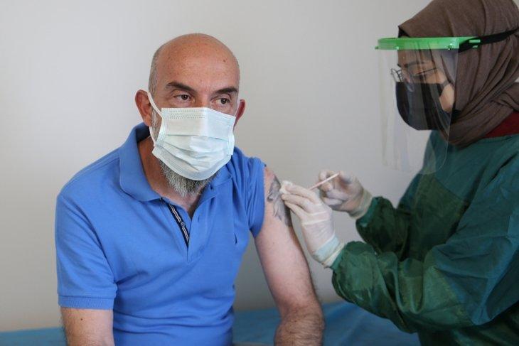 İşte koronavirüs yasaklarının kalkacağı tarih! Normal hayata döneceğiz