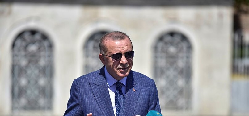 Başkan Erdoğan cuma namazı sonrası cemaate seslendi: Hiçbir beşeri güç bizi birbirimize düşüremeyecek
