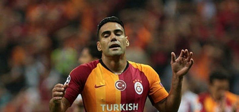 İŞTE GALATASARAY'DAKİ KRİZİN EN NET RESMİ!