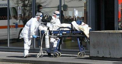 ABD'de koronavirüsten ölenlerin sayısı 230 bini geçti