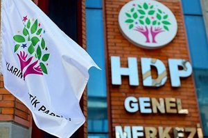 HDP İstanbul teşkilatından müebbet yiyen teröriste destek