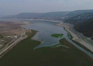 70 yıllık minare ortaya çıktı! Kuraklık alarmı veren Porsuk Barajı havadan görüntülendi