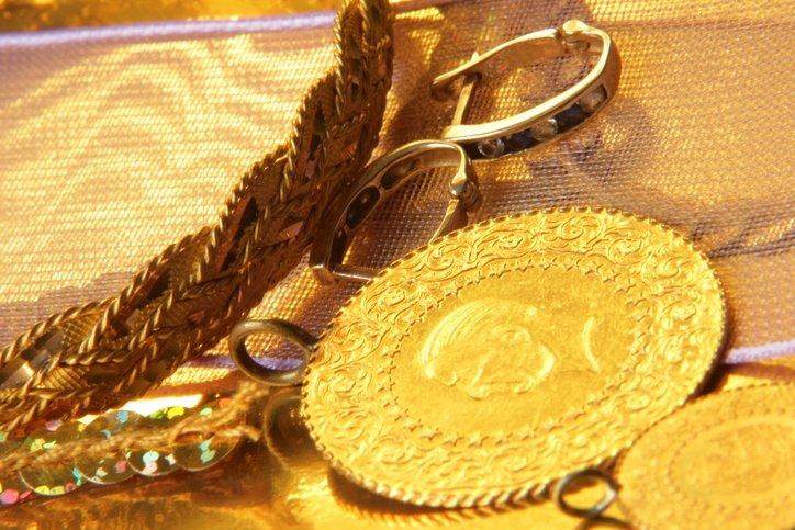 Şu an altın alınır mı, satılır mı? 2021 altın fiyatları için uzmanlardan kritik açıklama! Gram altın ne kadar olacak?