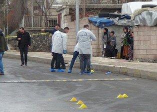 Diyarbakır'da iki grup arasında silahlar çekildi: 4 yaralı