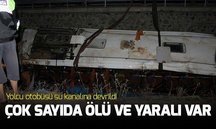 AFYONKARAHİSAR'DA YOLCU OTOBÜSÜ SU KANALINA DEVRİLDİ