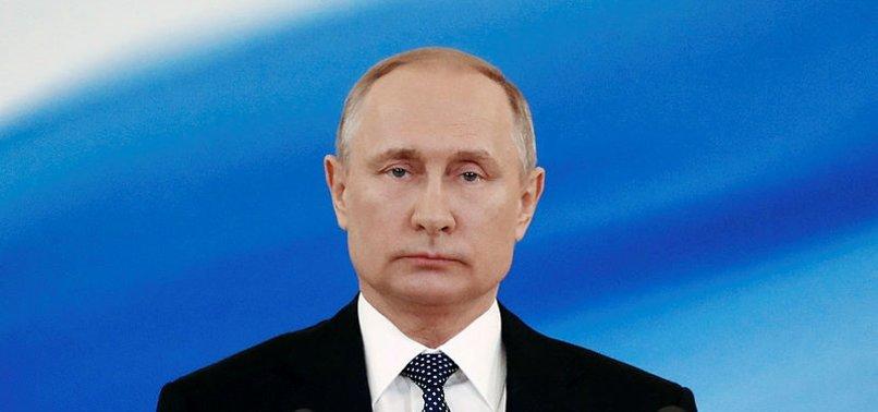 Putin'in geçtiği yolda ilginç plan