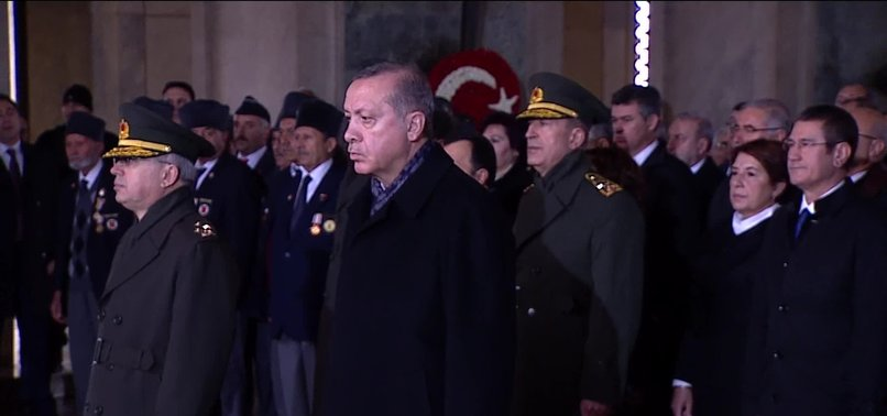 DEVLET ERKANI ANITKABİR'DE