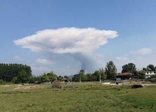 Sakarya'da havai fişek fabrikasında patlama! Olay yerinden ilk görüntüler