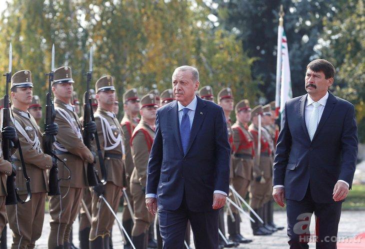 Başkan Erdoğan Janos Ader tarafından resmi törenle karşılandı