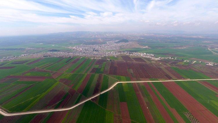 AFRİN'DE MERKEZİN KUŞATILMASINA 1,5 KM KALDI