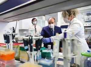 Türkiye'den koronavirüse karşı aşı ve ilaç geliştirme hamlesi! Bakan Mustafa Varank yerinde inceledi