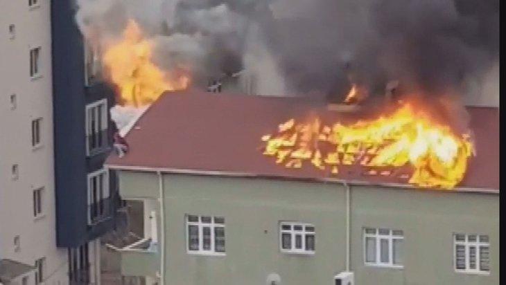 Son dakika: Hayata tutunma çabaları! Alevlerin arasında kalmışlardı! İşte dehşete düşüren görüntüler