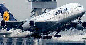 Almanya merkezli uçak İstanbula acil iniş yaptı
