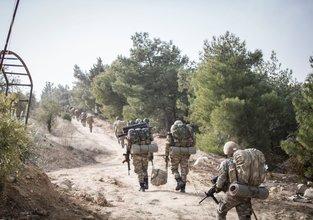 Adım adım Afrin'e! Türkiye, Azez cephesini açtı