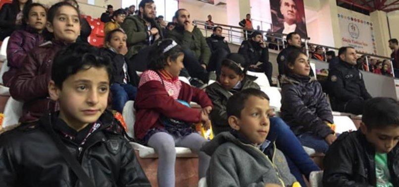 ANADOLU EFES'TEN NEŞELİ ÇOCUKLAR'A İYİLİK ÇEMBERİ