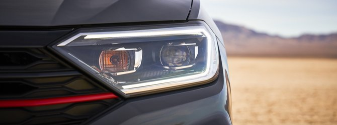 Volkswagen Jetta GLI dünyaya tanıtıldı!