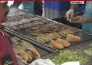 Son dakika: İstanbul'da bir dönem sona eriyor! İBB Eminönü'deki balık-ekmek teknelerini kaldırıyor  Video