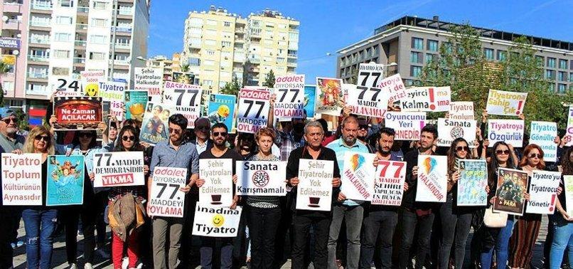 Kılıçdaroğlu 'kucaklayacağız' dedi! CHP'li belediye işten attı