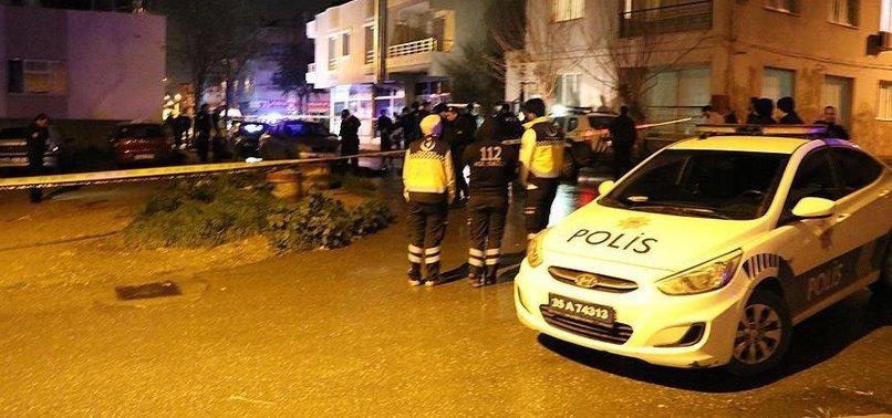 İZMİR'DE POLİSE BIÇAKLI SALDIRI: 1 ŞEHİT, 1 YARALI
