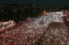 Milyonlar Başkan Erdoğan'ın önderliğinde Şehitler Köprüsü'ne akın etti