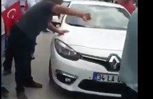 İzmir'de CHP'liler TRT aracına saldırdı