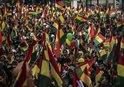 BOLİVYA'DA BU KEZ MORALES DESTEKÇİLERİ SOKAKLARDA