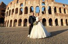 Nihat Kahveci ile Fulya Sever Roma'da evlendi