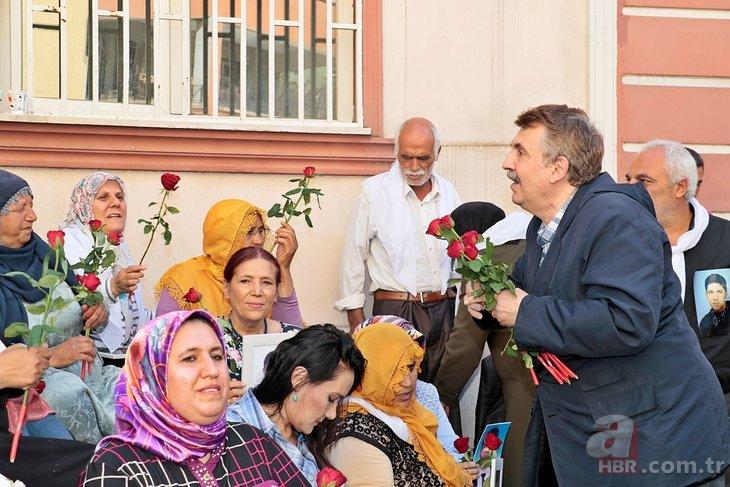 Sanatçılardan Diyarbakır'da nöbet tutan annelere destek
