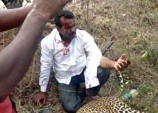 Ailesi için leoparı dizleriyle öldürdü! Hindistan'da dehşet dolu anlar