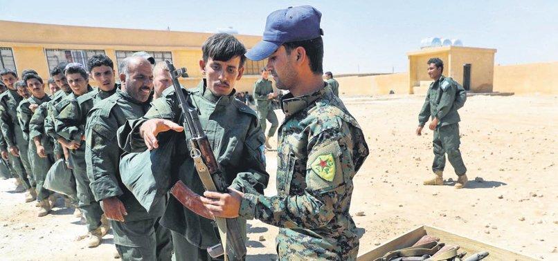 REUTERS: ESAD, AFRİN'DE YPG'YE YARDIM EDİYOR
