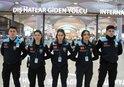 İSTANBUL HAVALİMANI'NDA PASAPORT POLİSLERİ TURKUAZLARI KUŞANDI