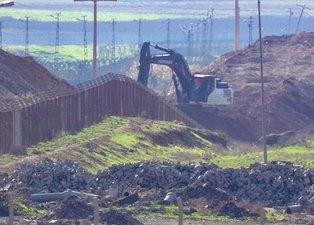 PKK/YPG'li teröristler hendek kazmaya başladı