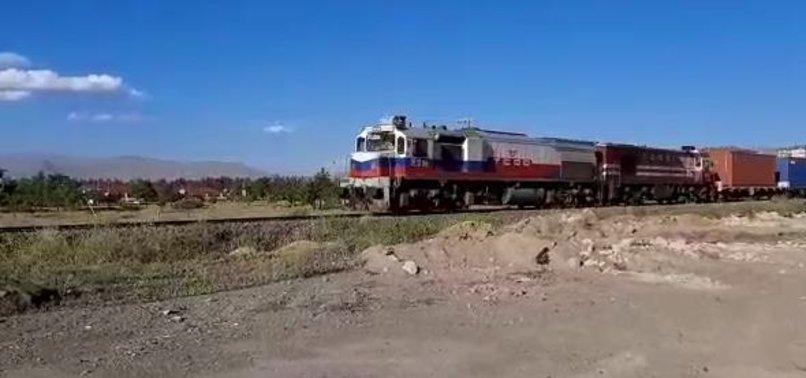 Çin'den gelen dev yük treni İzmit'te!